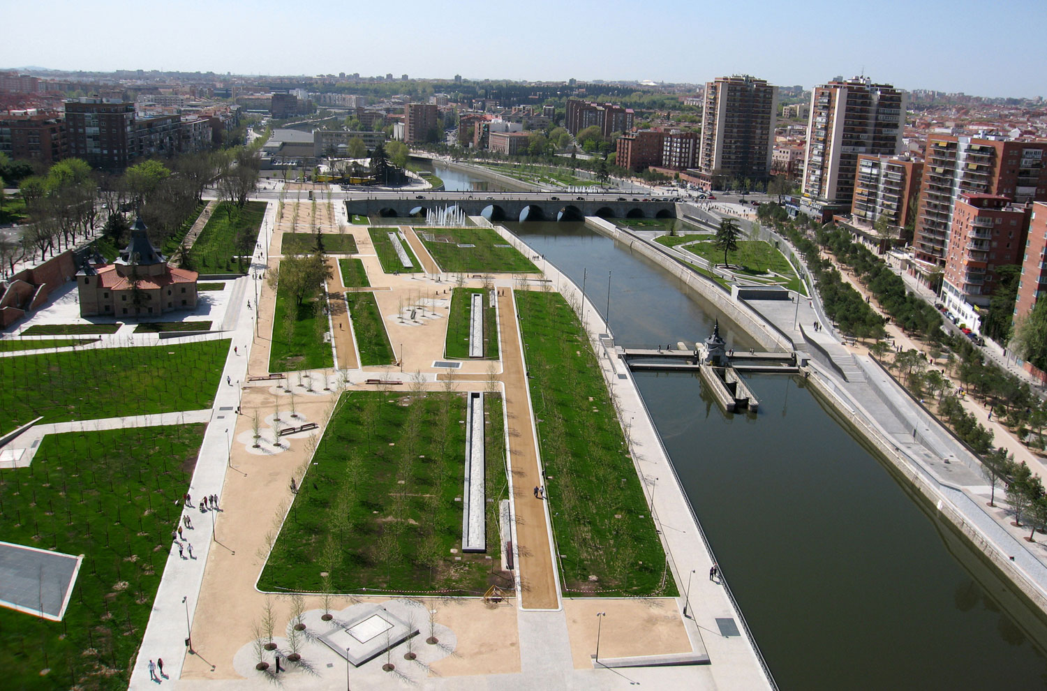 Madrid Río linear park