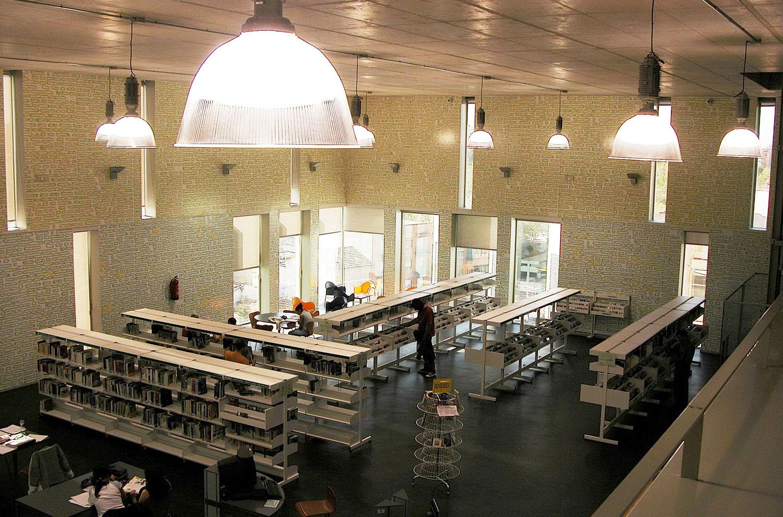 Biblioteca Pública de Usera
